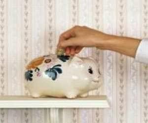 Rank #1  Kotak Mahindra Bank  10 year price CAGR (%) 48  P/E (x) 2012: 30  P/E (x) 2007: 22  RoE (%) 2012: 18  RoE (%) 2007: 15    *P/E (x): Price to earning multiple RoE: Return on Equity