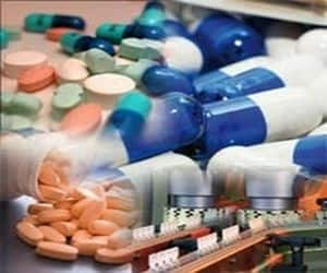 STRIDES ARCOLAB   Gained 6% to close at Rs 631.90 amid heavy volumes, after hitting 52-week high of Rs 649 Reason: The company received USFDA approval for Vancomycin Hydrochloride Capsules USP, 125 mg and 250 mg **Vancomycin capsules had total US sales of USD 332 million for 12 months ending February 2012, according to IMS health data