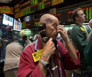A US trader working in the oil options pit at the New York Mercantile Exchange. Brent crude soared above USD 105 a barrel on Friday as Egypt's political crisis intensified, raising the risk of fuel supply disruptions.