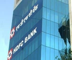 HDFC Bank  Likely EPS growth between FY12-15: 26.5 percent  Likely FY13 Return on Equity: 20.7 percent  PE multiple (based on FY14 earnings): 19.2