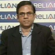 Reliance Power CEO resigns, plans to move overseas