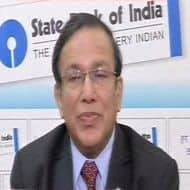 Continue to see extreme liquidity tightness: SBI head