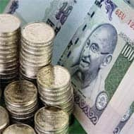 Indian rupee opens lower by 17 paise at 61.22/dollar