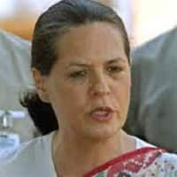 Congress not responsible for breakup: Sonia to Pawar