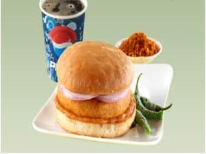 Vada paav meets MBA degree: The story of  Jumboking