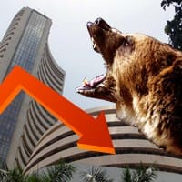 Global concerns drag Sensex 414 pts; rupee ends at 61.18/$