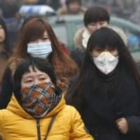 China's smog driving top foreign talent away: Survey