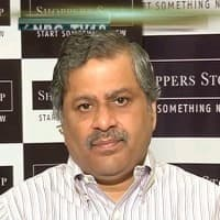 Shoppers Stop enters online retail with Snapdeal tie-up