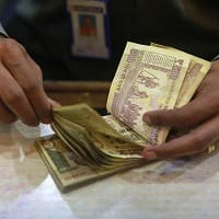 Govt H1FY16 borrowings likely to be Rs 3.65 lakh cr