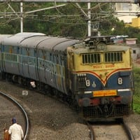 Modi Railway Budget 2014: Gowda proposes FDI in Railways sans ops, rejig of board