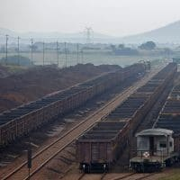 Adani hires Parsons Brinckerhoff for Australia coal project