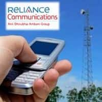 Moody's changes RCom's outlook to negative from stable