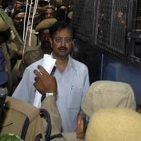 Satyam case: Hyd court grants bail to Raju, others