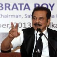 Pay Rs 10K cr for Roy bail, can unfreeze a/cs: SC to Sahara