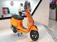 Vespa S launched at Rs 75500, claims fuel efficiency 60kmpl