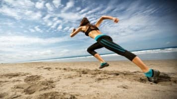 Travel Cafe - 7 ways to stay healthy and fit on your holiday