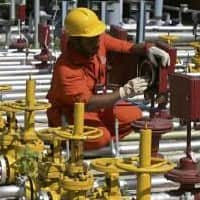 OilMin suspends ONGC technical director Shashi Shankar