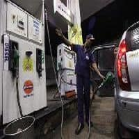 Petrol pumps get into digital overdrive, play up wallets