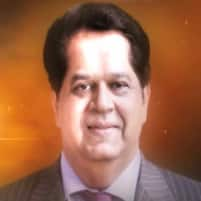KV Kamath is voted as one of India's top 15 business icons