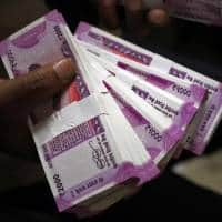 Bonds defy global rout as note ban brings Dec rate cut into view