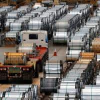 China Nov exports, imports rise, commodity purchases soar