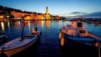 Travel Cafe - Pucisca: The Most Beautiful Gem In Croatia