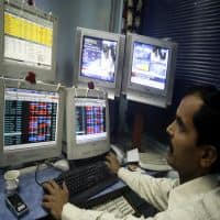 Nifty below 8500, Sensex flat; ITC up 1%, SBI & Tata Steel fall