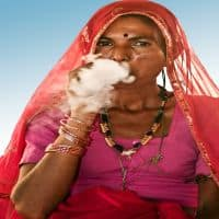 Pictorial warnings row: Beedi workers' protest against order