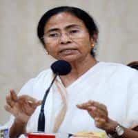 2 months after note ban, Mamata wants Prez to intervene,