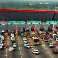 Toll plazas to receive payment through credit, debit cards