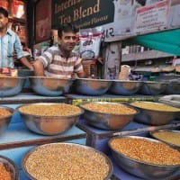 Govt team leaves for Mozambique to explore pulses imports