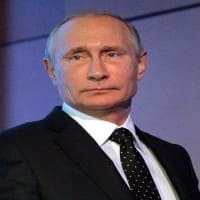 Putin says Russia will not expel US diplomats