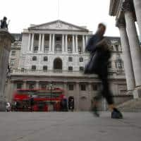 Bank of England upbeat on growth, inflation worries rate-setters