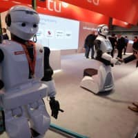 Robots, AI may replace 30% of UK workers: report