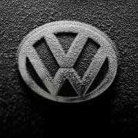 Volkswagen offers six-year warranty to win back US customers