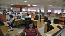 Layoffs and hiring freezes: IT slowdown signs are getting harder to ignore
