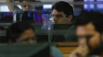 Kotak flags disconnect between slow growth & market rally; bullish on HDFC Bank, M&M